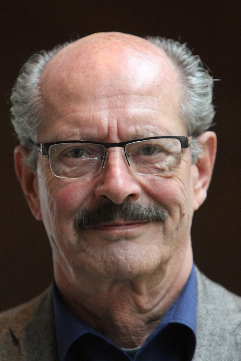 Dr. Manfred Petrik