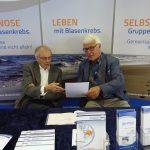 ShB-Stand in Essen: Herr Schuhmacher und Herr Schröder (Foto: Alfred Marenbach)