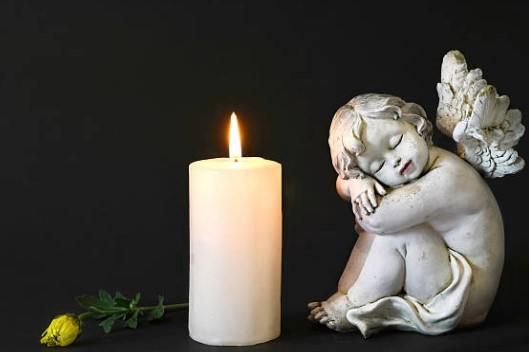 Kerze und Engel